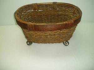Wicker On Wrought Iron Bread basket-0
