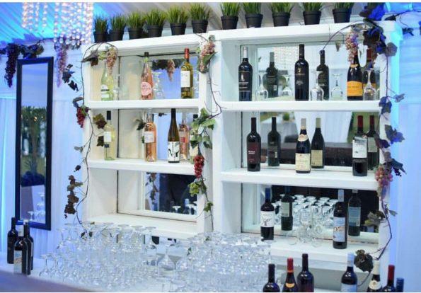 White Bar Back Shelves Lrg